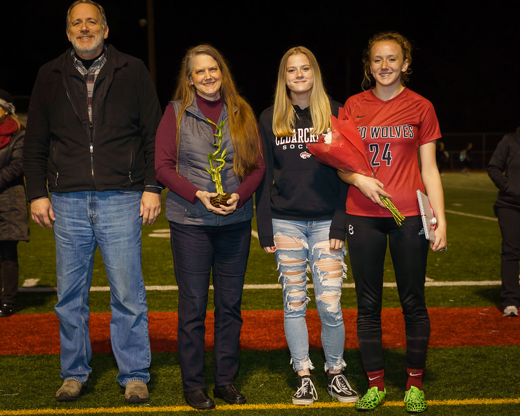 2019-10-24 Soccer Senior Night 005.jpg