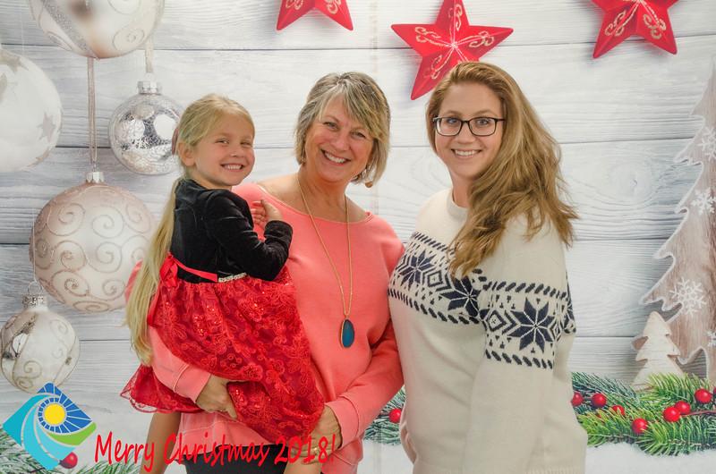 Christmas Photobooth 2018 Sunday-149.jpg