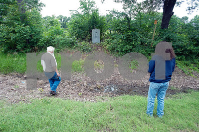 team-visiting-texas-to-restore-historic-markers