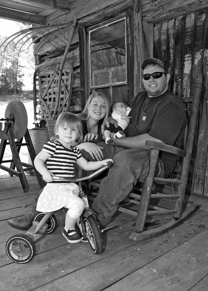 Greeneville Tenn Presley Farm April 2016_5 BW.jpg