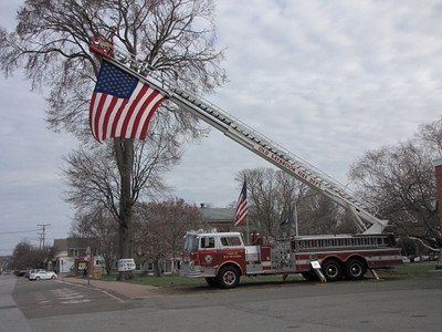 4/14/2013 Flag at Firehouse for Boston Bombing