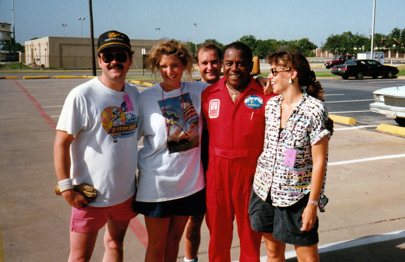 1989 - with Flip Wilson at Mesqute Balloon Festival.jpg
