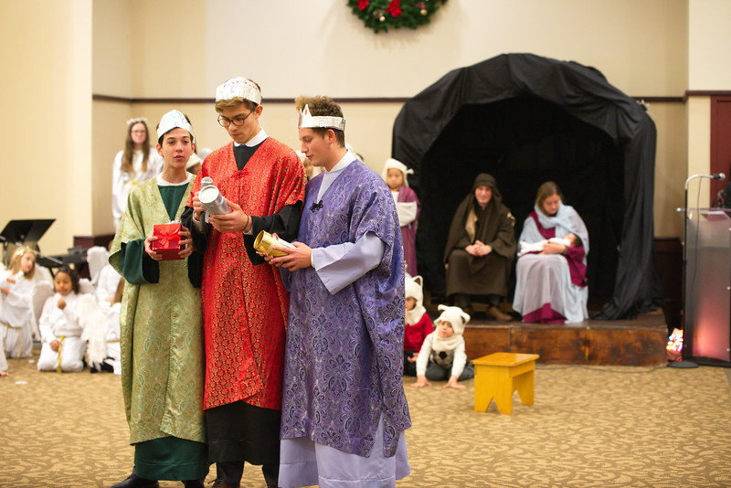 2017-12-17-Christmas-Pageant_049.jpg