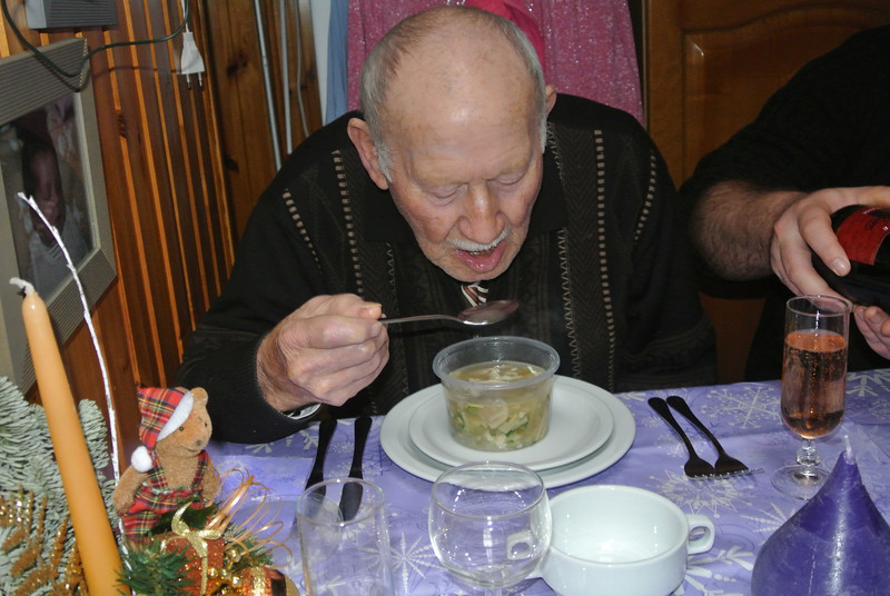 Het bewijs is er... Voor mijn vader kippensoep, de andere was te pikant...