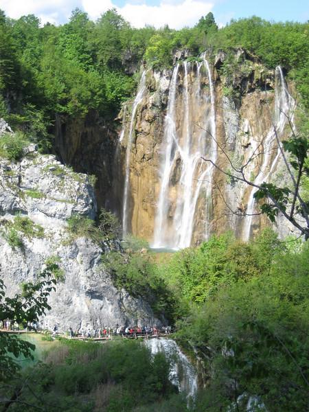 waterfalls_06.jpg