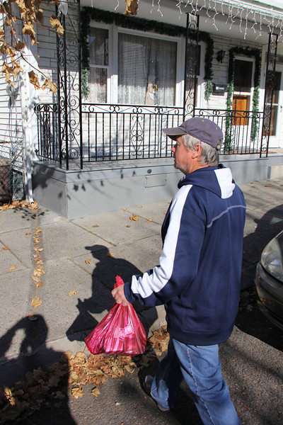 Thanksgiving Dinner Deliveries, Knights of Columbus, Tamaqua (11-22-2012)