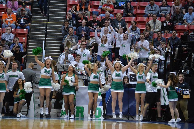 cheerleaders3966.jpg