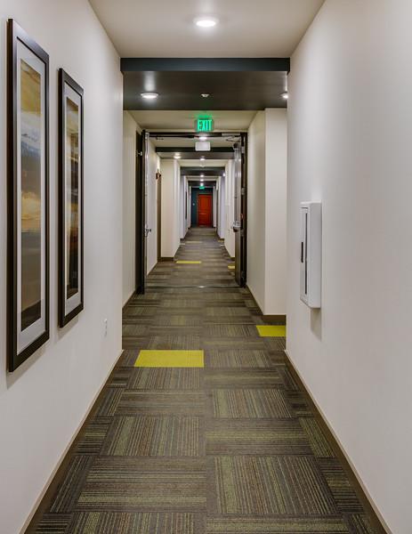 Corridor-IMG_0894_enf.jpg