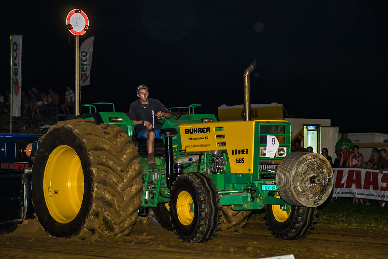 Tractor Pulling 2015-01764.jpg