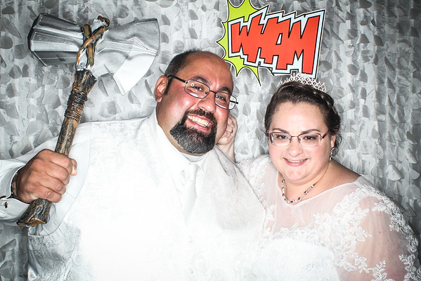 Lisa & Mark Photo Booth Pictures