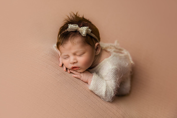 Things to Consider When Hiring a Newborn Photographer