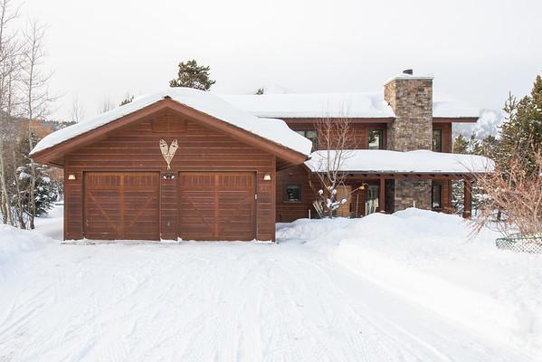 3735 N Lake Creek Moose Pines