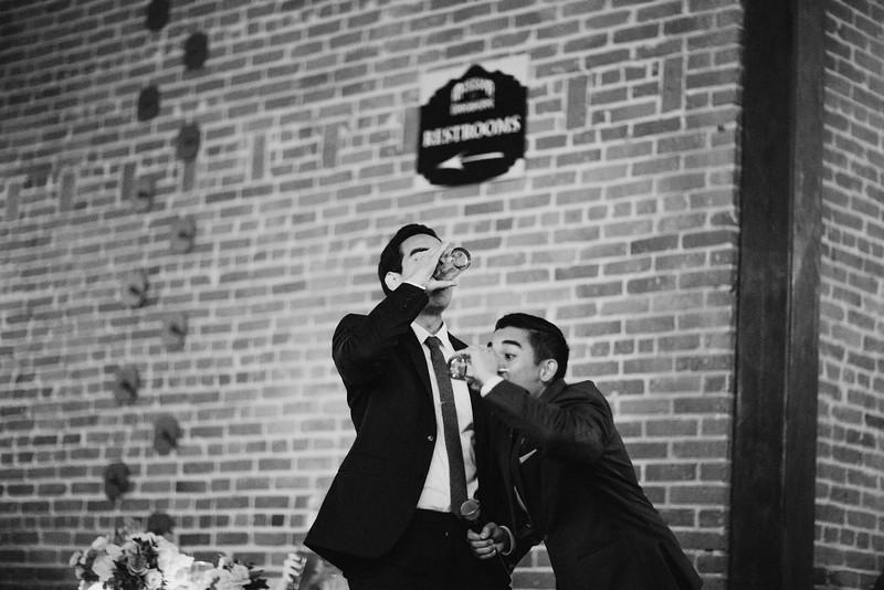 Chelsea&Matt-bw-1548.jpg