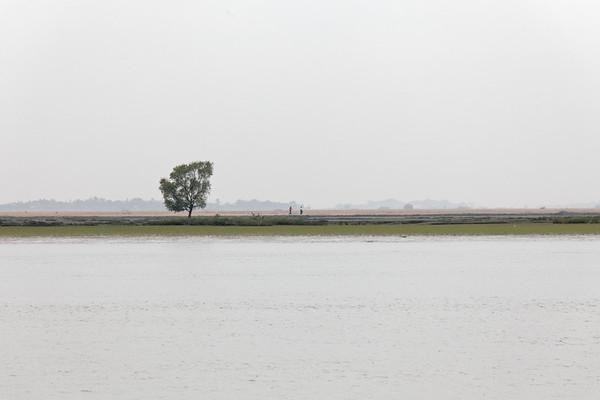 Sur le fleuve Kaladan