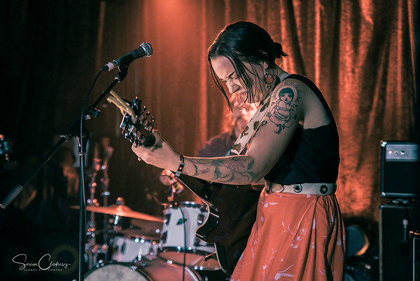 Jess Parker & The Troubled Waters @ The Catfish: Nov 30th