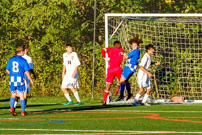 TCS Varsity Soccer 2019-3622.jpg