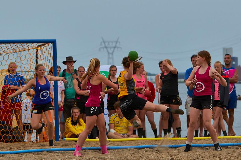 Molecaten NK Beach Handball 2015 dag 2 img 650.jpg