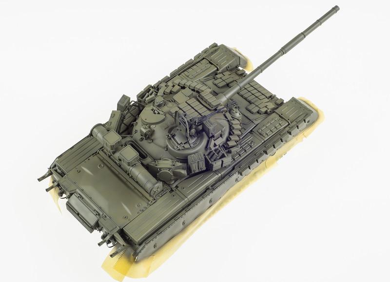 Trumpeter T-80BV 04-12-14-4.jpg