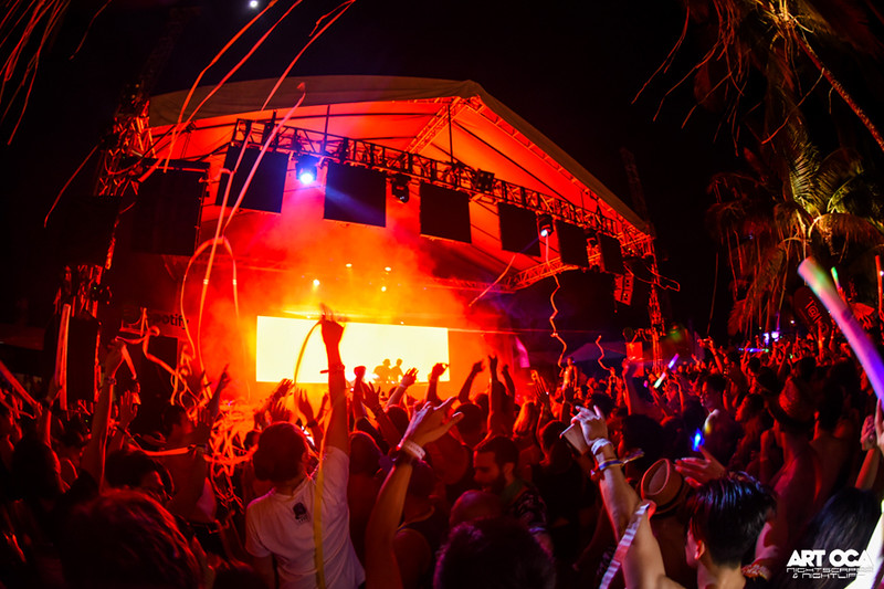 Knife Party Laboracay 2015 (20).jpg