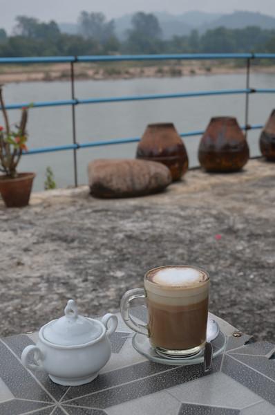 DSC_4790-coffee-at-black-house.JPG