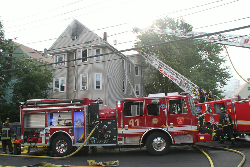 8-21-14, Boston - 4th Alarm 105 Murdock Street 015.JPG