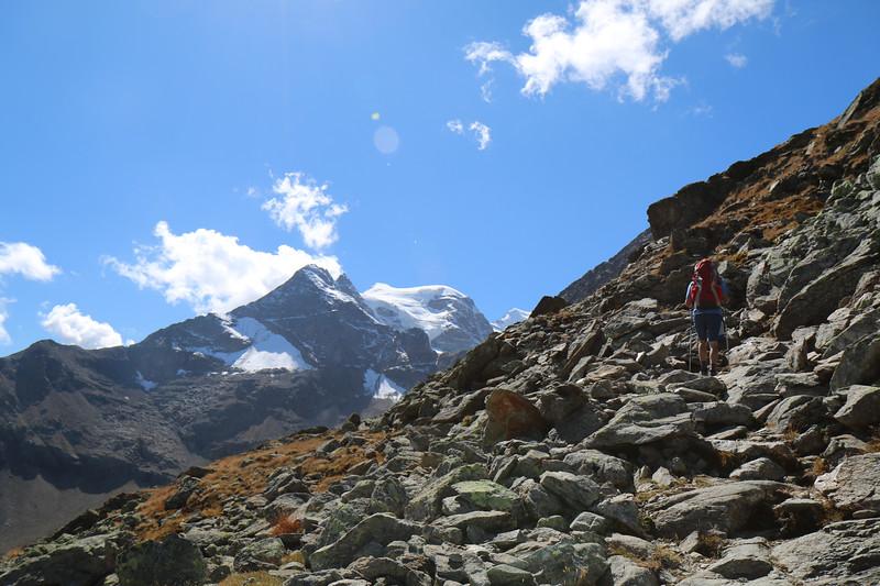 Hiking up Munt Pers near Diavolezza
