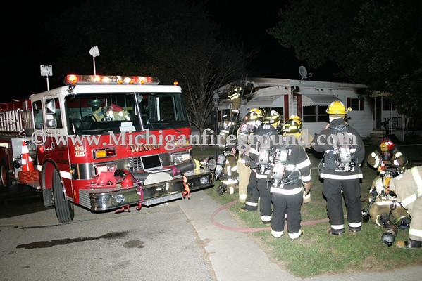 8/3/09 - Delhi Twp mobile home fire, 2700 Eaton Rapids Rd