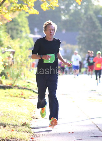 Apple Harvest Festival Road Race  - Sunday October 4, 2015