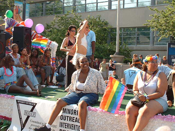 Pride Parade 2001-29.jpg