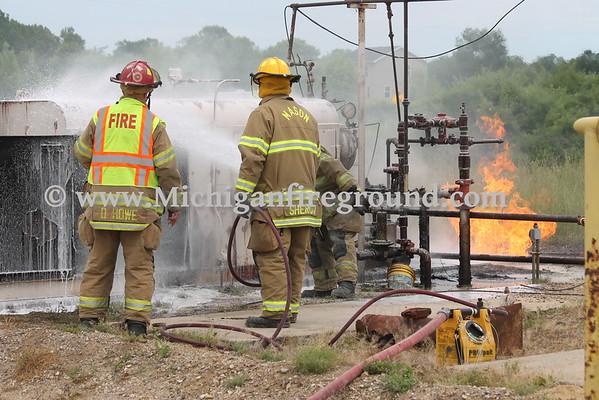 6/9/16 - Mason natural gas leak & fire, 3500 block of Lyons Rd