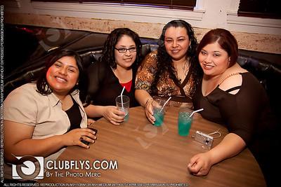 2009-04-11 [Ladies Night, Reps Sports Bar, Fresno, CA]