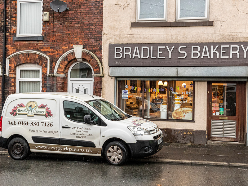 Bradley's Bakery Kings Road 2019.jpg