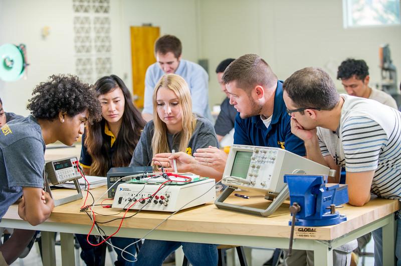 17339-Electrical Engineering-8242.jpg