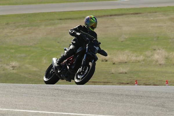 Ducati Naked AGV
