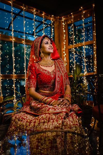 Candid Wedding Photographer Ahmedabad-1-154.jpg