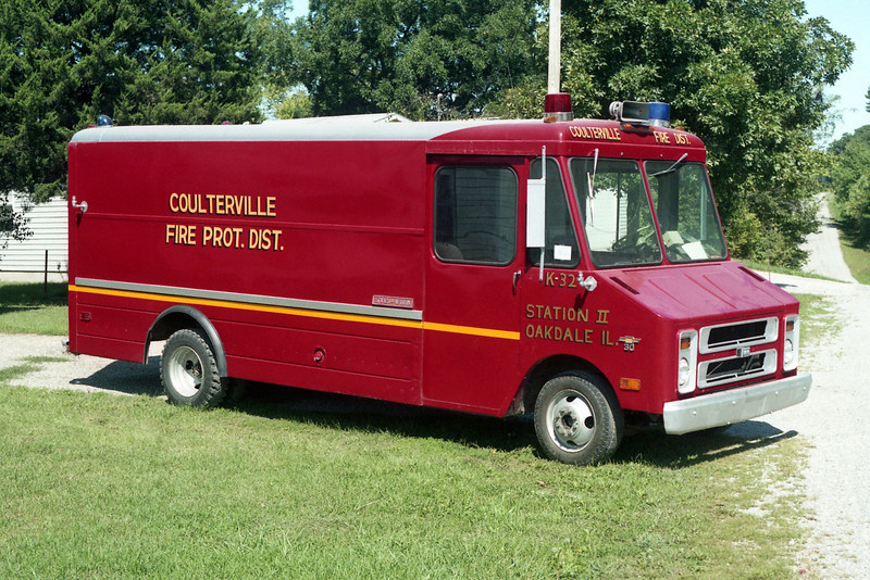 COULTERVILLE  RESCUE 32  1974 CHEVY STEPVAN.jpg