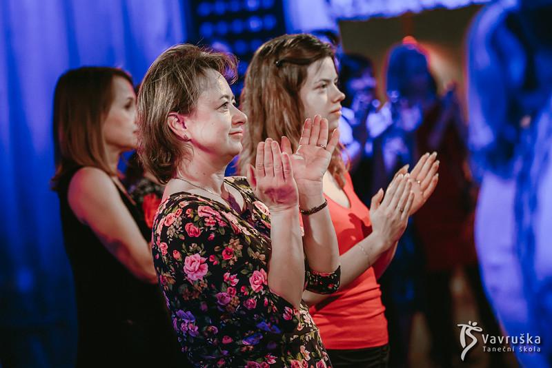 20191210-195302_0323-ladies-night-vavruska-charitas.jpg