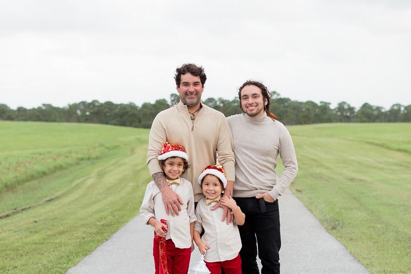 Augustin Family Holiday 2020-77.jpg