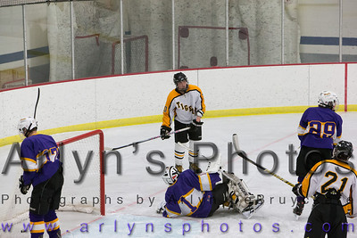 Hutch Boys Hockey vs Chaska