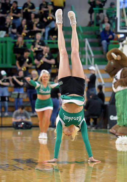 cheerleaders6921.jpg