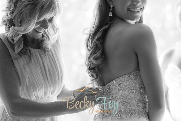 Shannon & Izaak Wedding - Getting Ready
