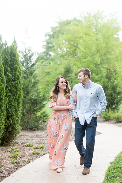 knoxville-engagement-photographers (20 of 25).jpg