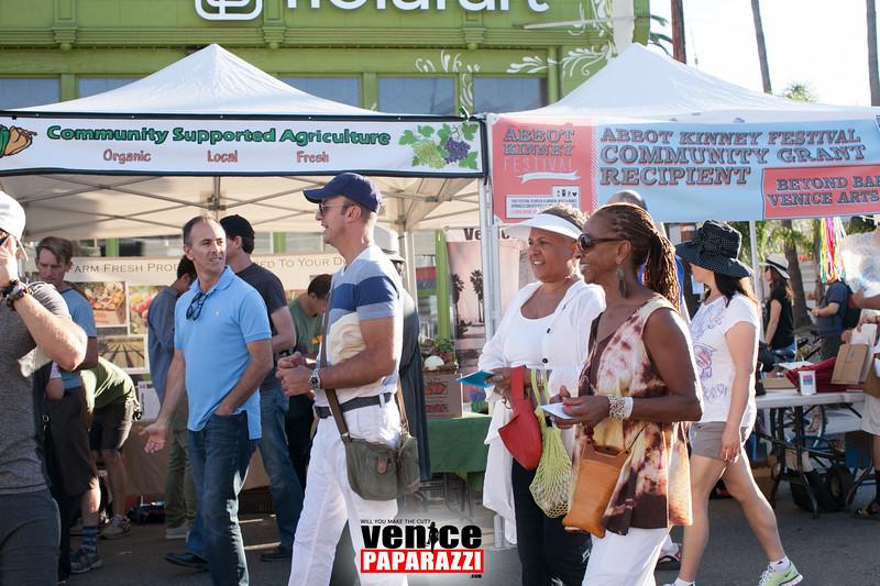 VenicePaparazzi-530.jpg