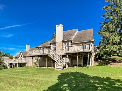 28091 Hickory Dr Farmington Hills, MI, United States