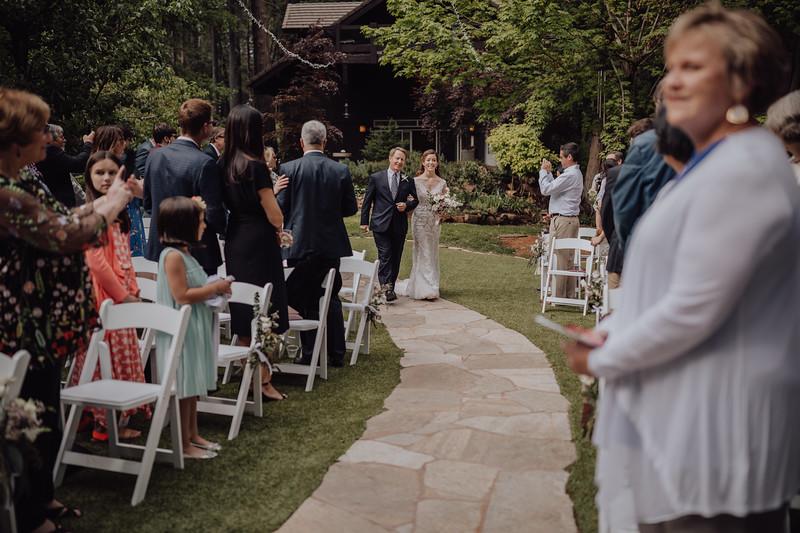 2018-05-12_ROEDER_JulieSeth_Wedding_ROEDER1_0105.jpg
