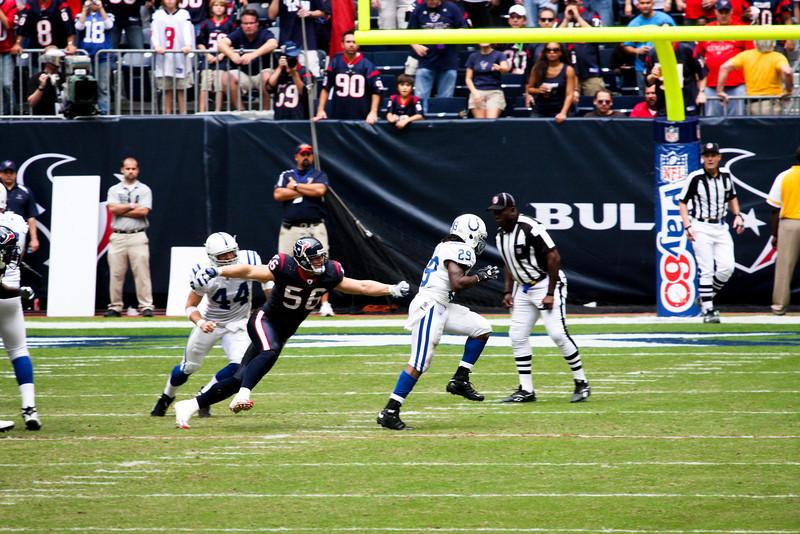 Texans-V-Colts-Nov-09-76.jpg