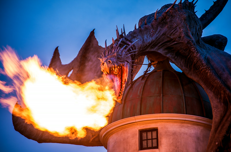 gringotts-dragon-close-up-fire.jpg