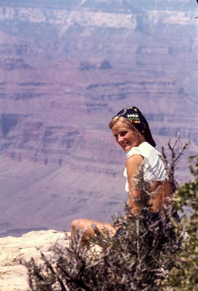 1974_06 Bonnie Lee Black-2.jpg