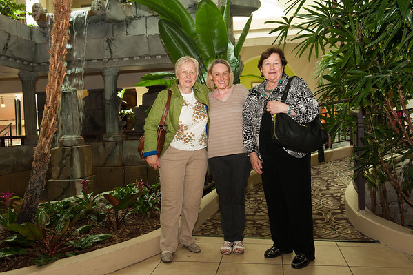 2013.10.06 Brigitte and Annette visit