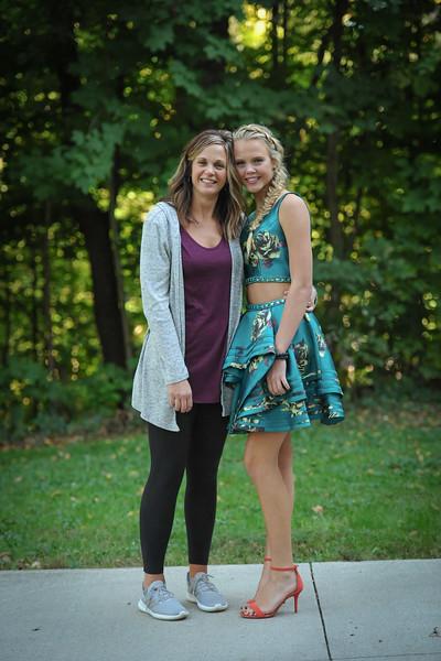 9-29-18 Bluffton HS HOCO - Allison and Taylor (10th grade) Schwab-2.jpg